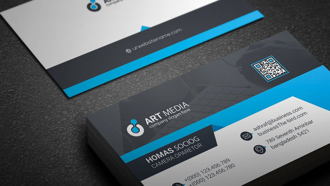 Creating A Professional Business Card Design Using Simple